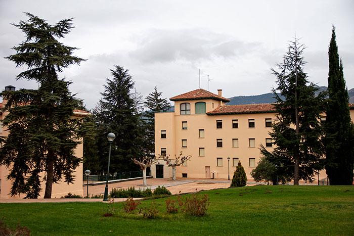 Colegio concertado Alcaste-Las Fuentes en La Rioja.