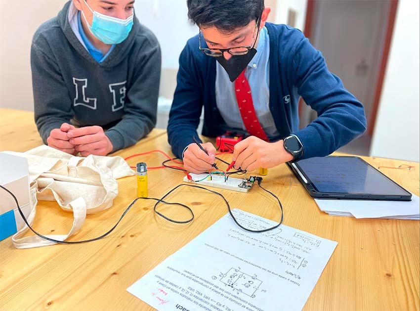 Corriente positiva: estudiando electricidad